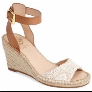Vince Camuto 8 M crochet NWT summer wedges